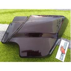 Plastový pravý boční kryt z Harley Davidson Electra 66048-09 použ.