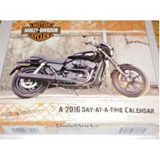 Harley-Davidson 2016 Daily Desk Calendar