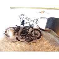 Harley Davidson klíčenka - Marylin Monroe Bombshell