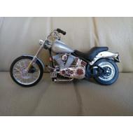 Model motocyklu stříbrný Harley-Davidson 1:18