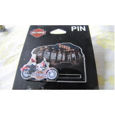 Harley Davidson Pin Roxy Moving Parts P991304