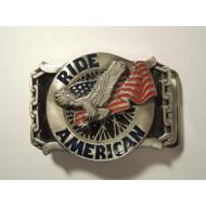 Motorkářská Harley přezka na pásek Ride American - barevná